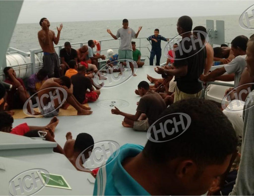 """Rescatan a tripulación de la embarcación """"Bonito"""" que naufrago en Gracias a Dios"""