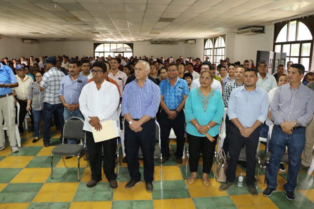 Presidente del CN mantiene charla con alcaldes, líderes de patronatos y diferentes sectores de #Choluteca