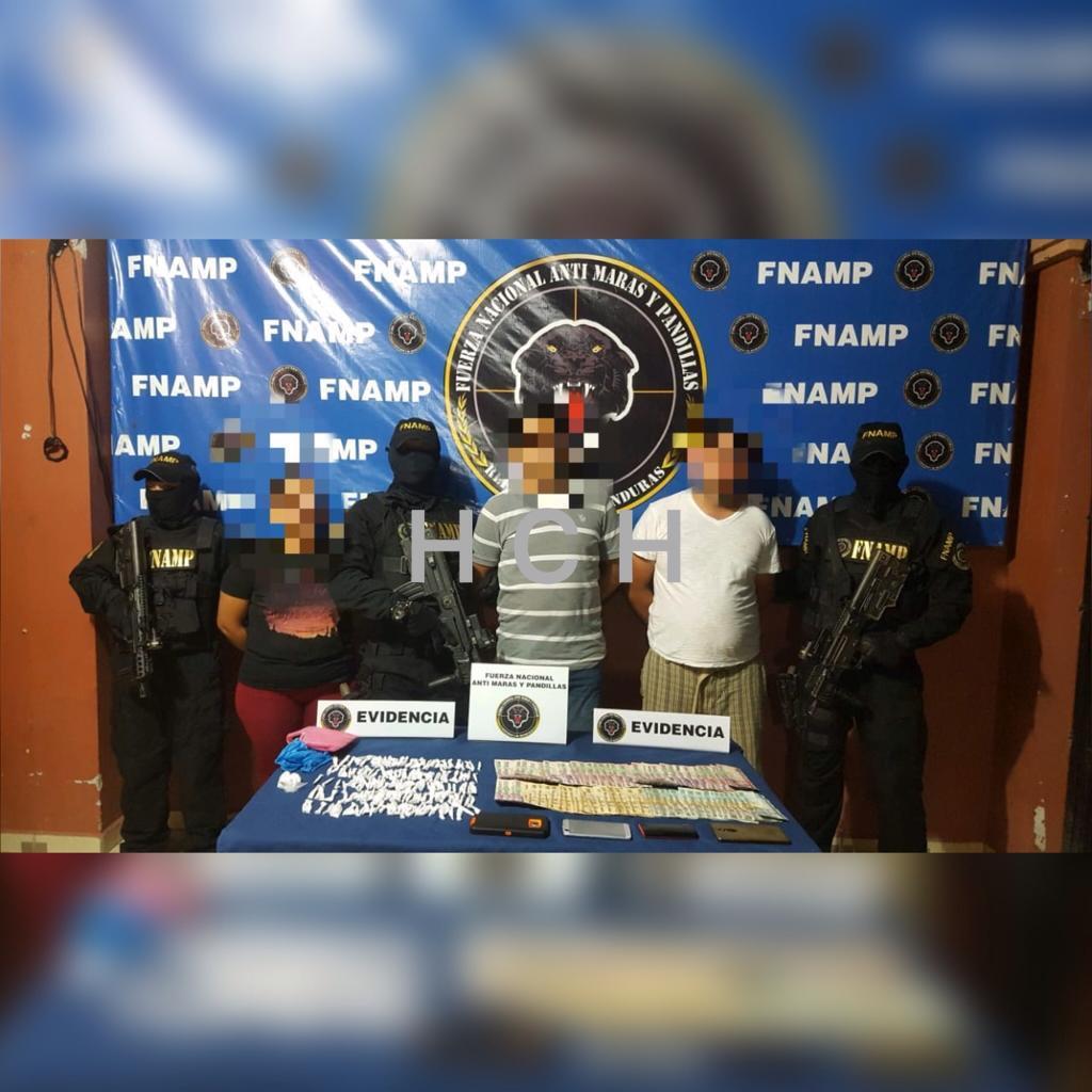 Con mas de L 20 mil en efectivo y 145 puntas de supuesta cocaína, caen mujer y dos varones en Choluteca