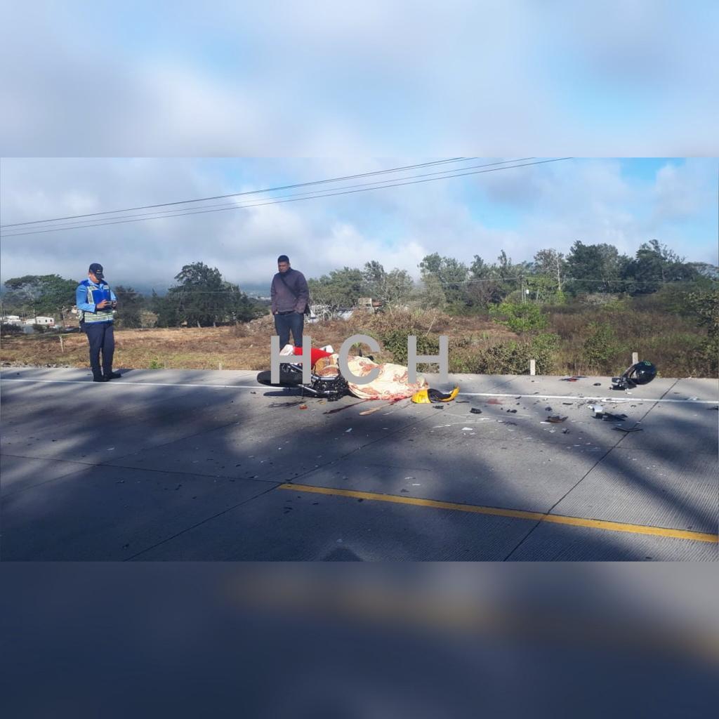 Motociclista pierde la vida en kilómetro 14 de carretera del sur cerca de Santa Ana